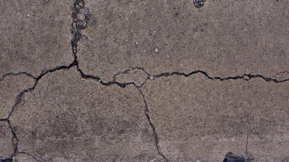cracked-concrete-wb-concreting